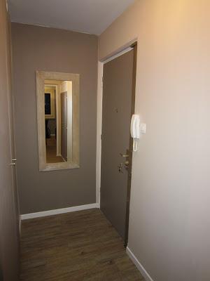 Peinture d 39 un couloir troit et assez long for Couleur de porte de couloir
