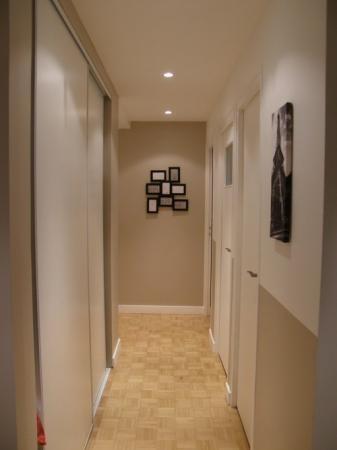 Peinture d 39 un couloir troit et assez long - Couleur de peinture pour couloir ...