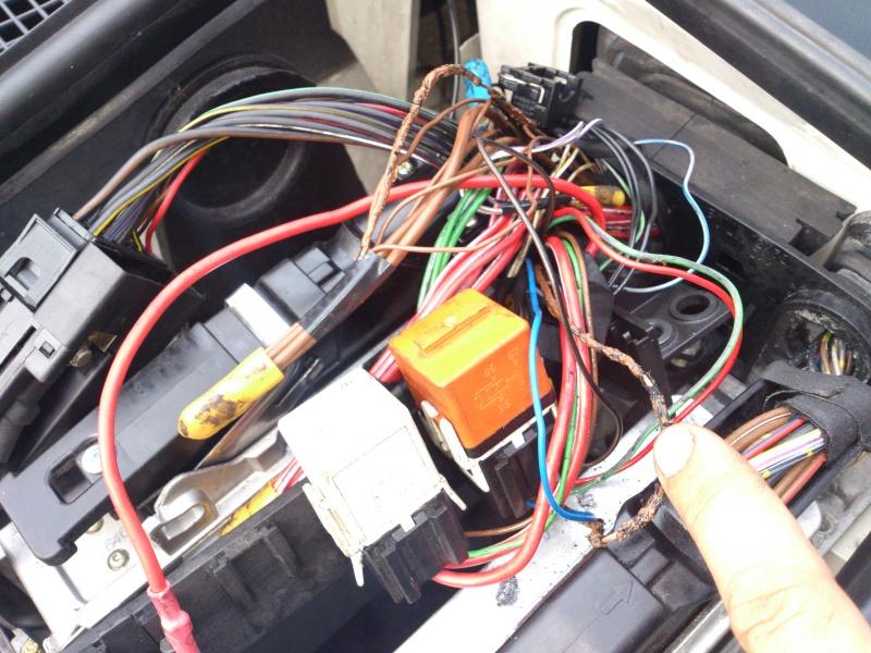 e34 m51 an92 ma voiture prend feu identification court circuit. Black Bedroom Furniture Sets. Home Design Ideas