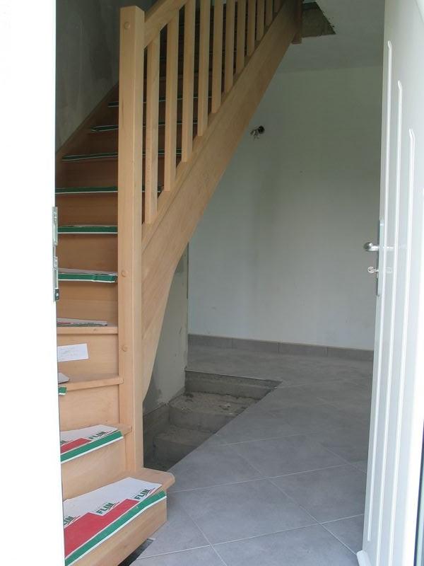 conseil d co sous mon escalier. Black Bedroom Furniture Sets. Home Design Ideas