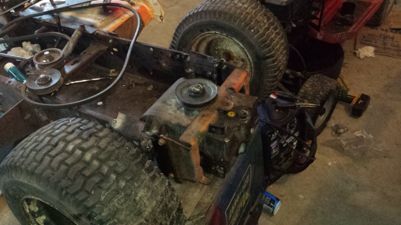 Racing Mower Front Axle : Vtwin ford race mower page